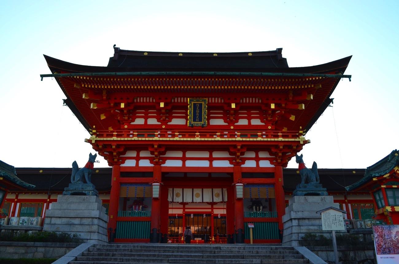 京都にある伏見稲荷大社