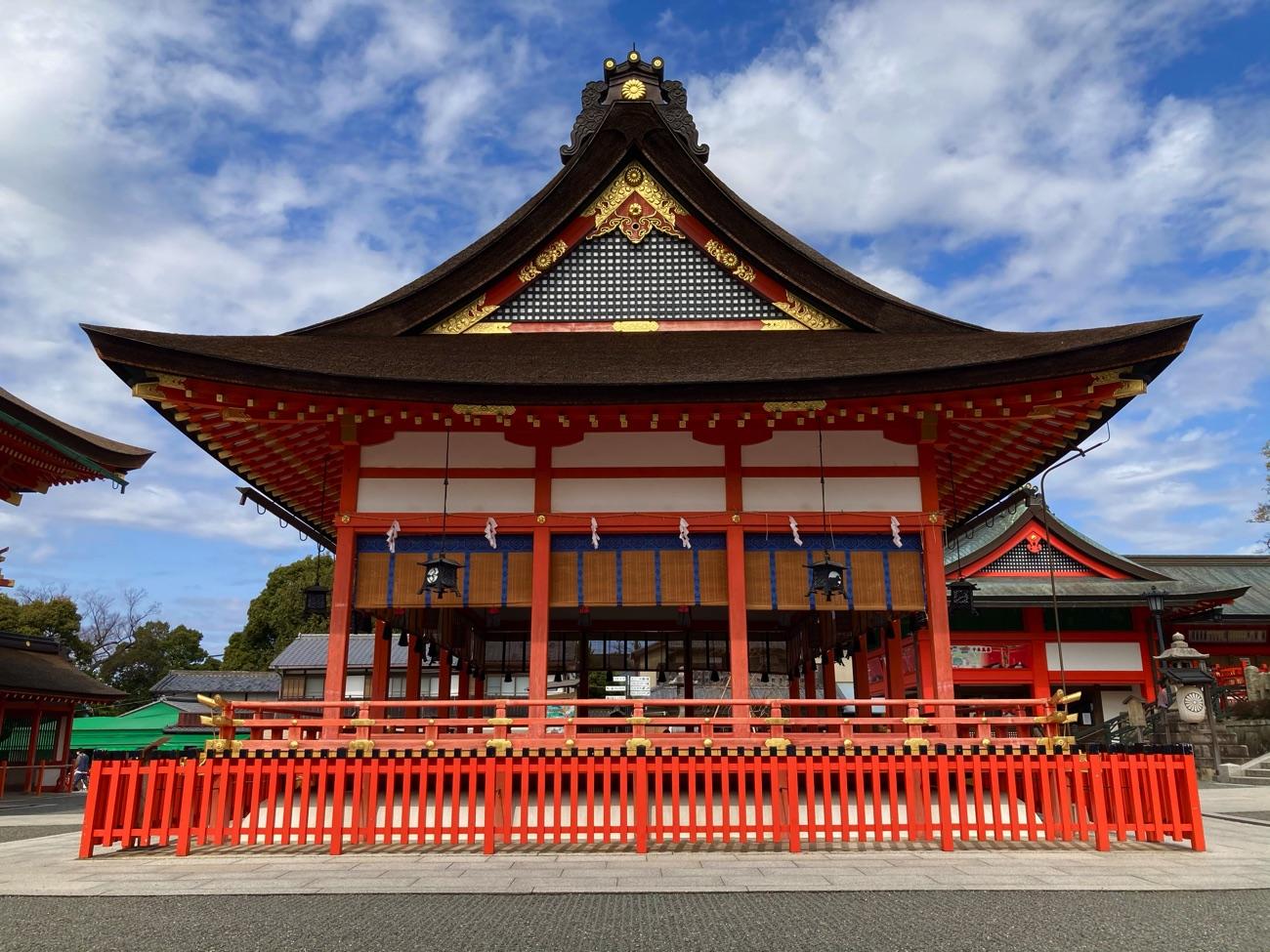 外拝殿(南側)