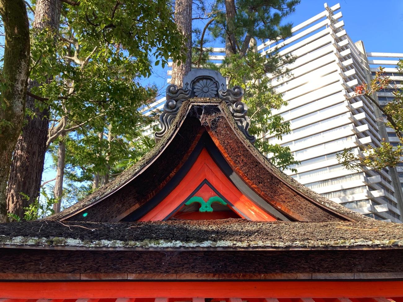 熊野社の屋根
