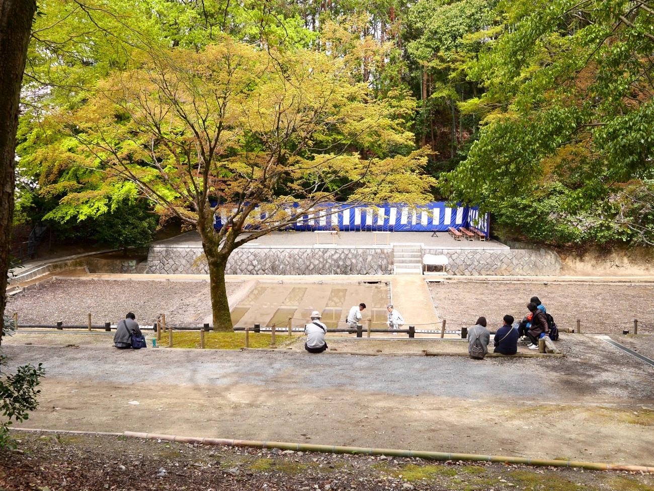 神田で待機する人も
